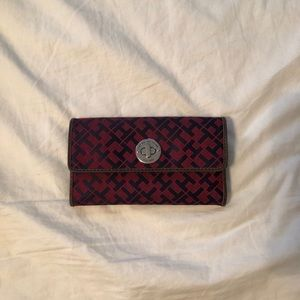 Women's Tommy Hilfiger Red/Navy Canvas Wallet